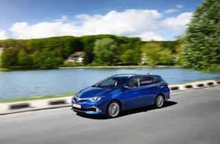 Nieuwe Toyota Auris 2015 kopen
