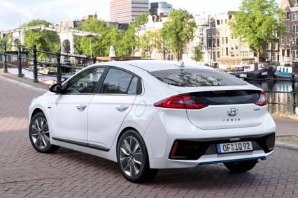 Nieuwe Hyundai Ioniq 2016 kopen
