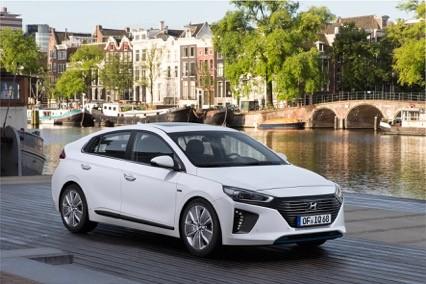 Nieuwe Hyundai Ioniq modellen 2016
