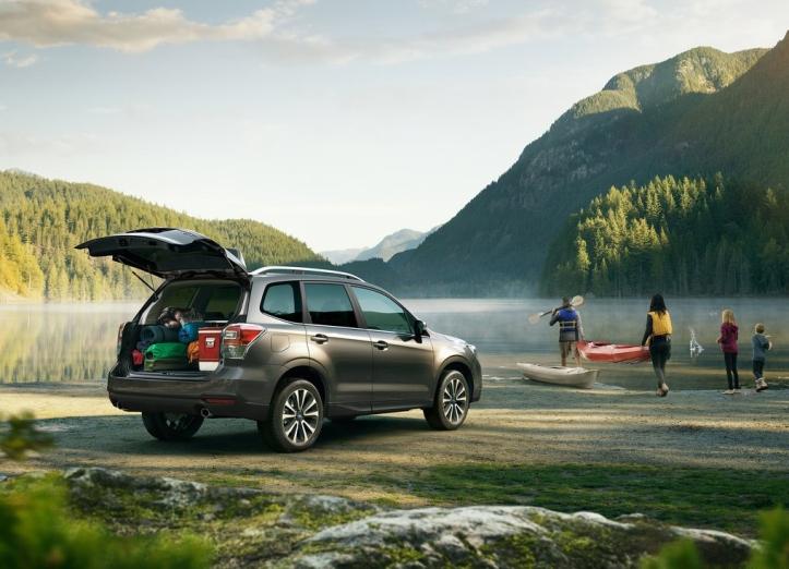 Rijtest Subaru Forester 2016 achterklep